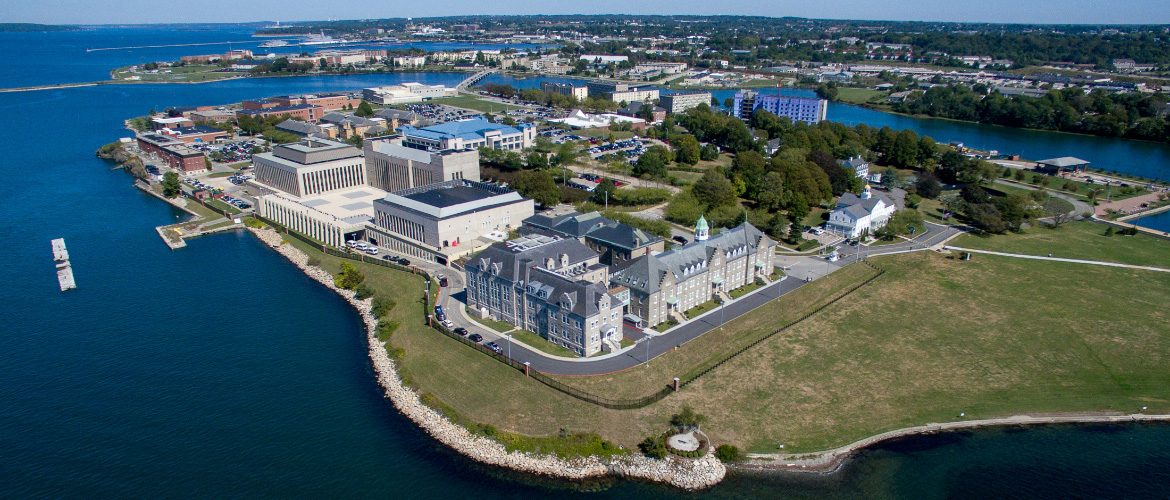 us naval war college review