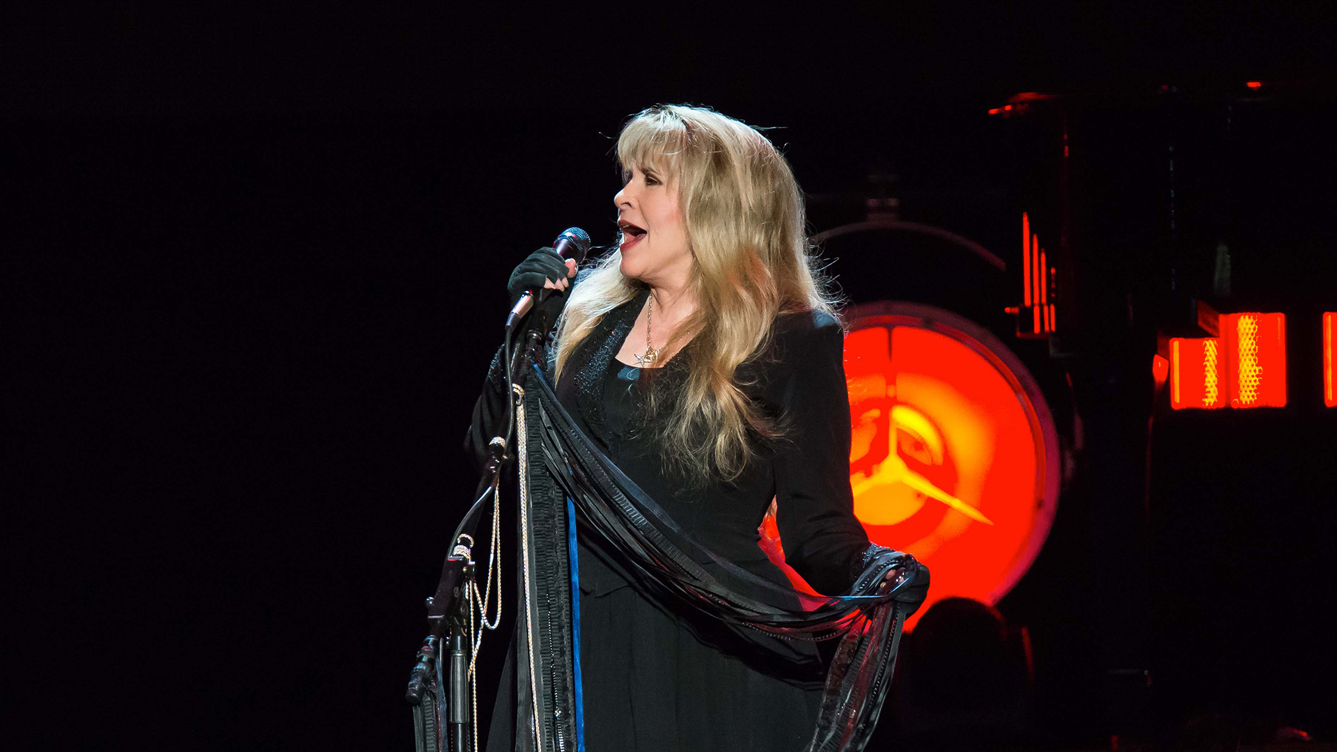 stevie nicks 24 karat gold review
