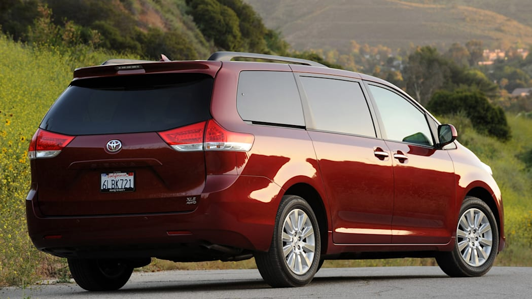 toyota sienna limited 2011 reviews