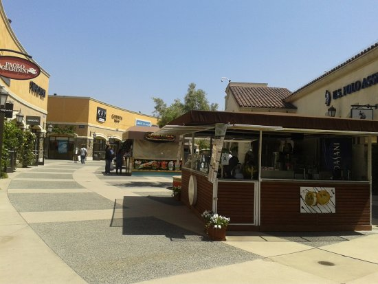 las americas premium outlets review