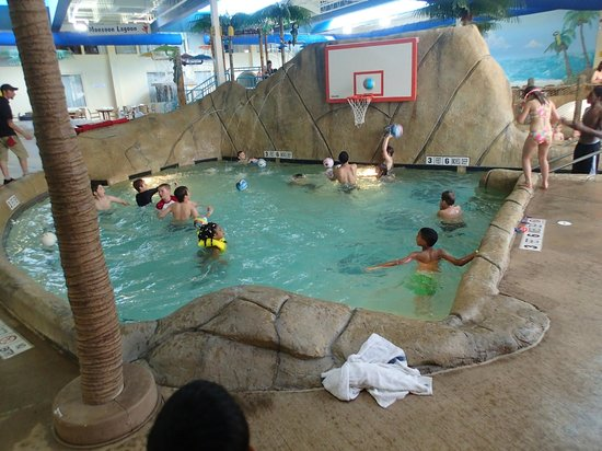 palm island indoor water park reviews