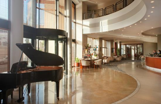 marina hotel corinthia beach resort malta reviews