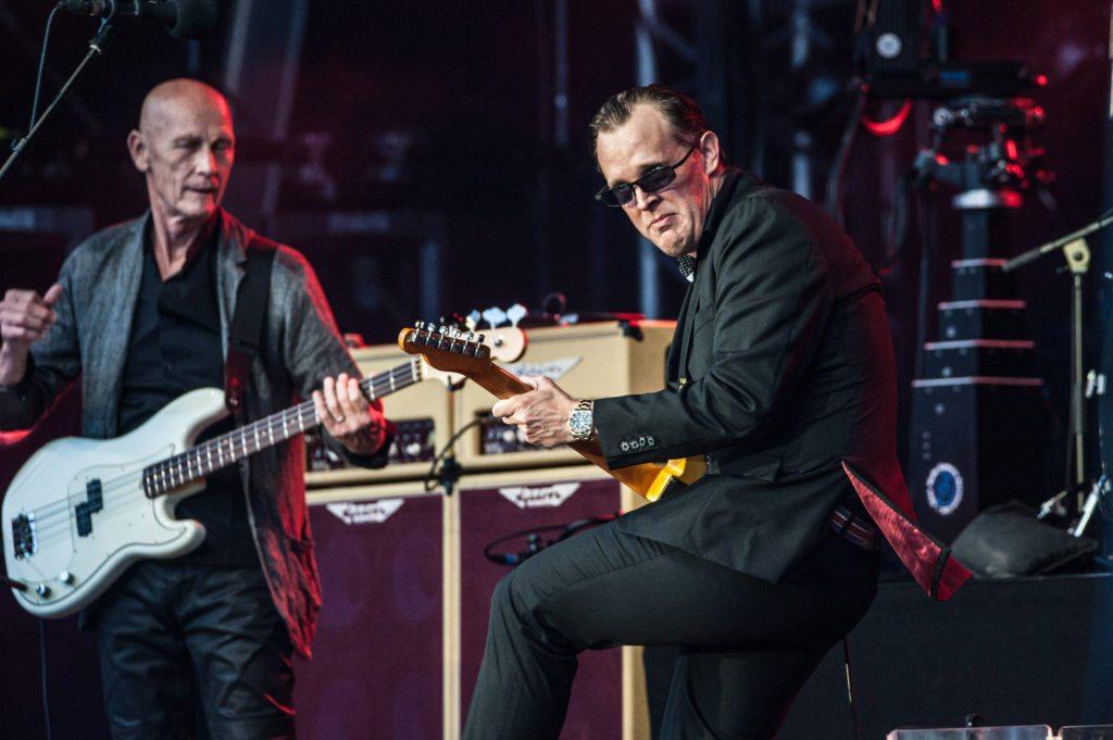 joe bonamassa tour 2017 reviews