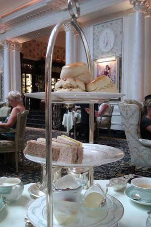 savoy hotel afternoon tea review