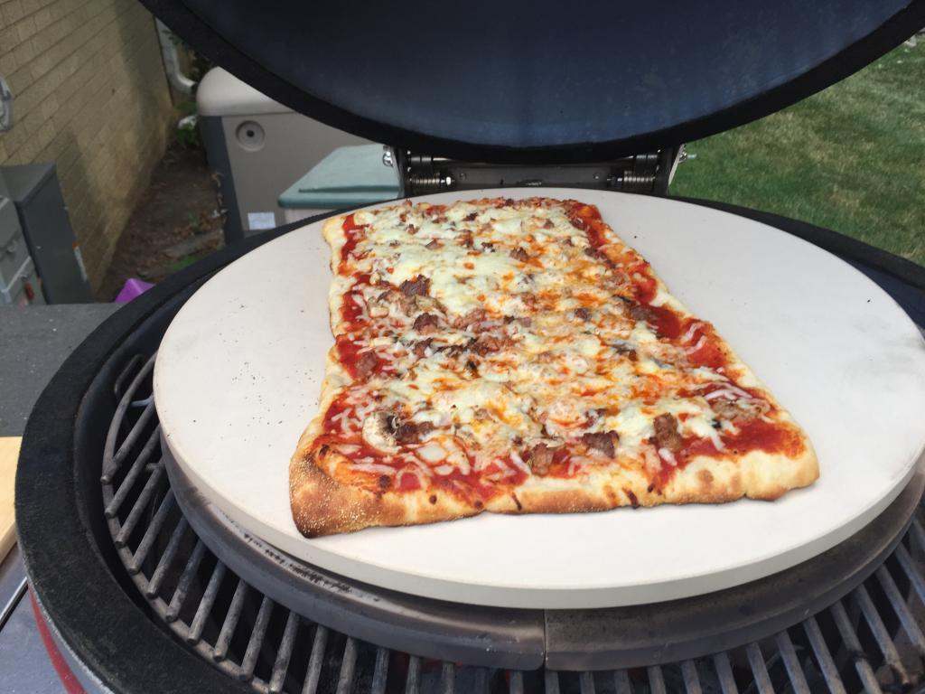 kamado joe pizza stone review