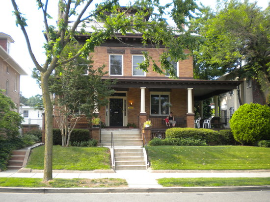 international student house washington dc reviews