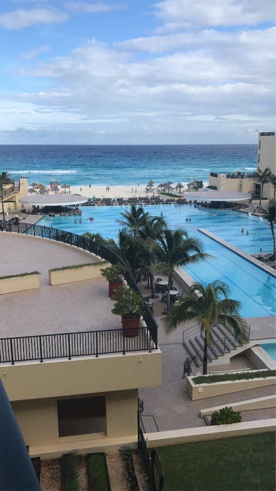 royal sands and spa reviews