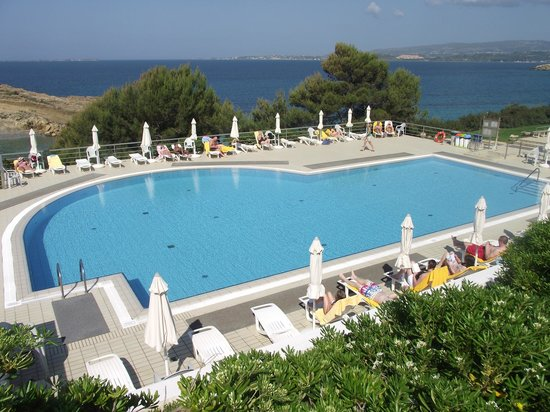 white rocks hotel kefalonia reviews