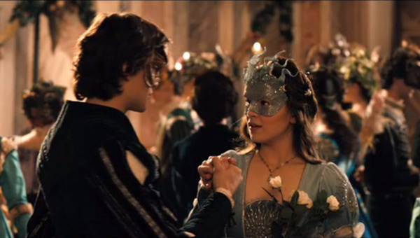 romeo and juliet luhrmann review