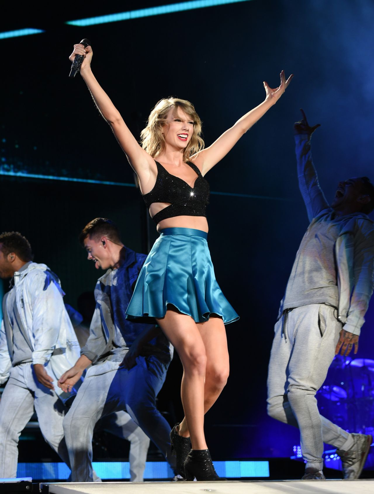 taylor swift concert review 1989