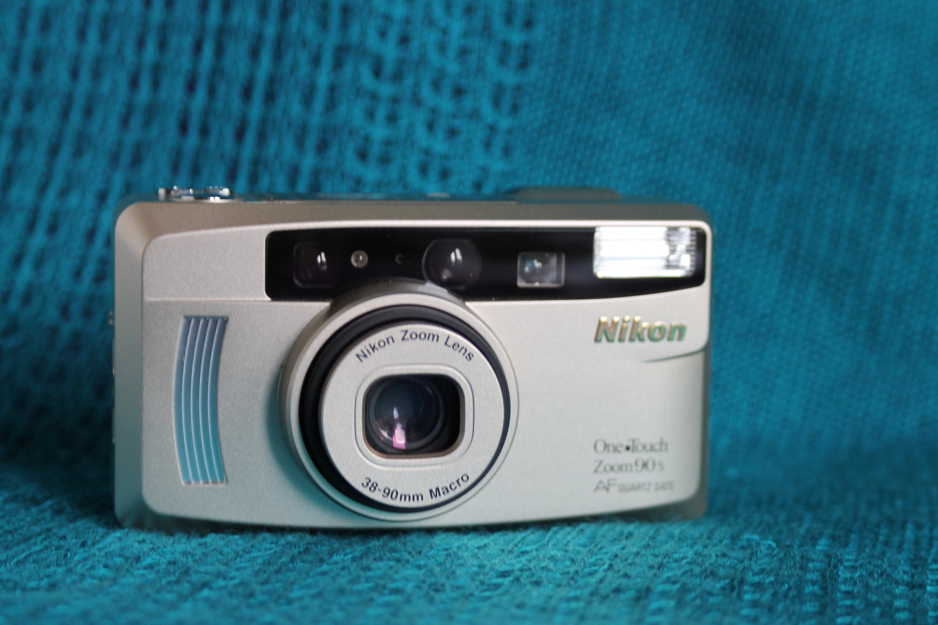 nikon one touch zoom 90 review