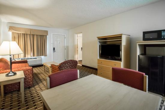 quality inn & suites eastgate reviews