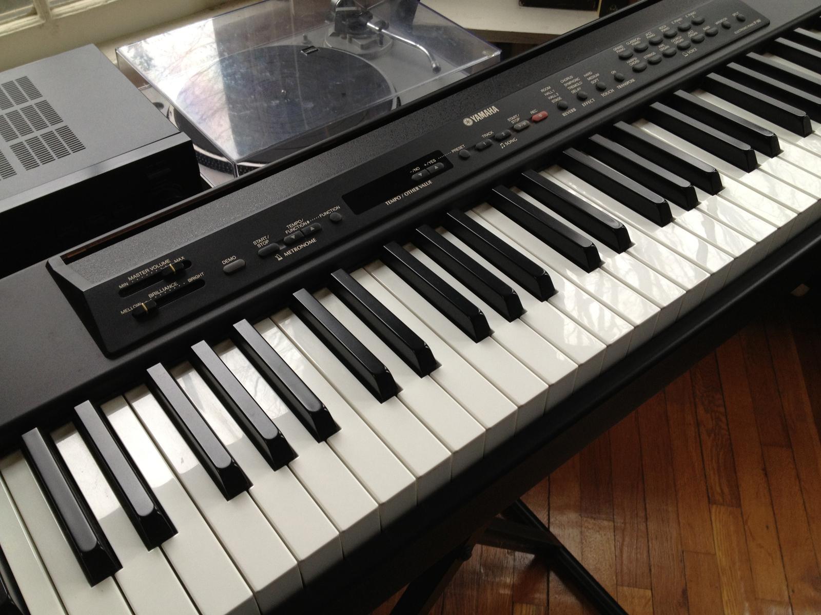 yamaha p80 digital piano review